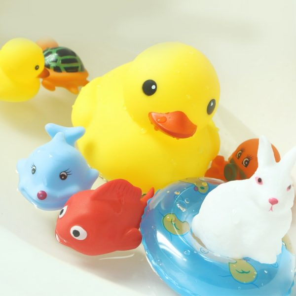 Kids Bath Toys Floating Water Toy 2