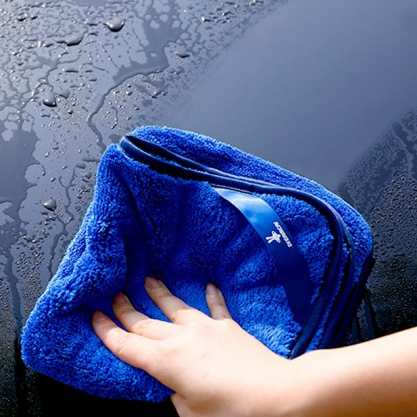 Microfiber Cloth for Car Cleaning 1