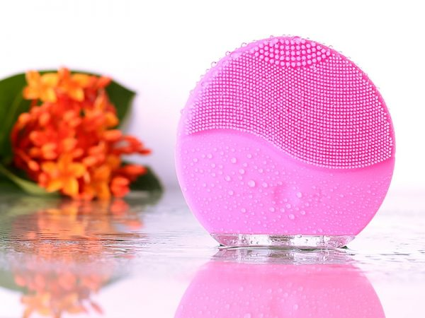 Sonic Face Brush Rechargeable Device 3