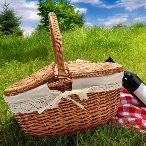 Wicker Picnic Basket with Inner Liner 1