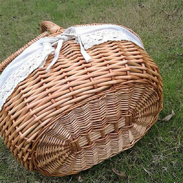 Wicker Picnic Basket with Inner Liner 2