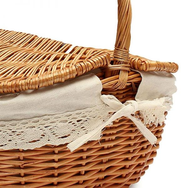 Wicker Picnic Basket with Inner Liner 4
