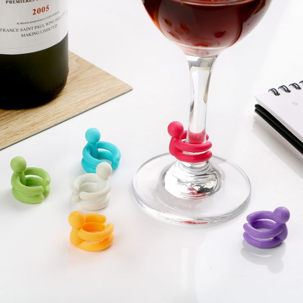 Wine Stopper with Six Wine Glass Grips 1